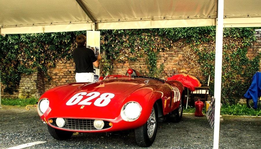 55 Ferrari 500 Mondial Scaglietti Spyder Serie II