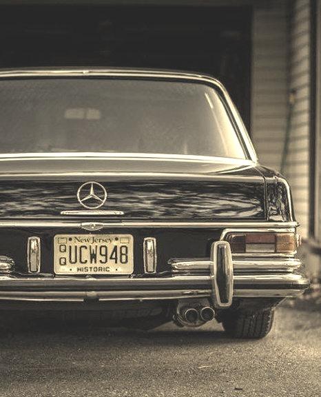 Mercedes-Benz 280 SEL (Instagram @squeakythinger)